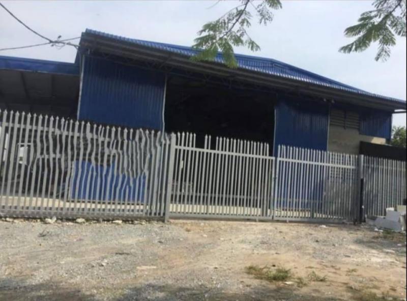 Nhà xưởng cho thuê mặt tiền đường Trịnh Quang Nghị, dt 700m2, giá 70 nghìn/m2.