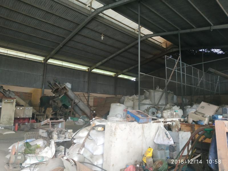 Cho thuê kho xưởng Quốc Lộ 1A, Bình Chánh. Diện tích: 1500m2 giá tốt 90tr/Tháng.LH: 0938.101.316