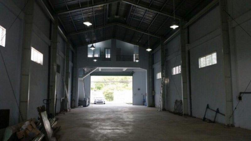 Kho 450m2 sân 130m2 mặt tiền Đoàn Nguyễn Tuân gần QL50, Bình Chánh