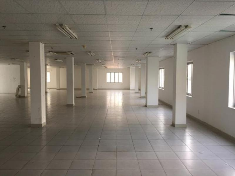 Cho thuê mặt tiền Phạm Hùng 1.700m2 tiện kinh doanh mọi ngành nghề. Lh 0945.825.408