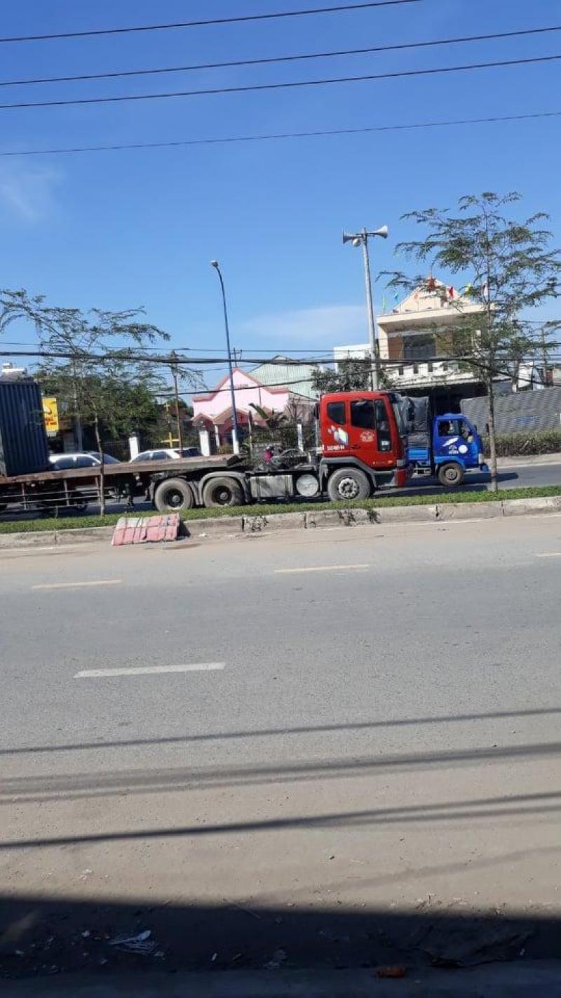 Cho thuê kho xưởng 1.000m2 đường Trần Văn Giàu, Bình Chánh giá 35 triệu/tháng.