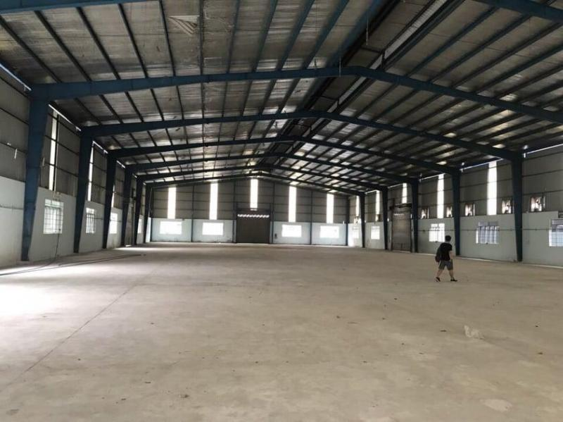 Cho thuê xưởng 2.000m2 trong kv 5.400m2 Bình Chánh, hợp làm nhà xưởng thép, kẽm, nhôm...