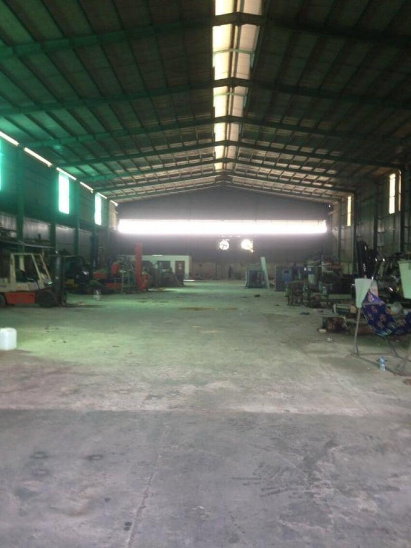 090 242 8186 Cho thuê kho xưởng 2.700m2 mặt tiền Nguyễn Hữu Trí, đường xe công không cấm giờ.