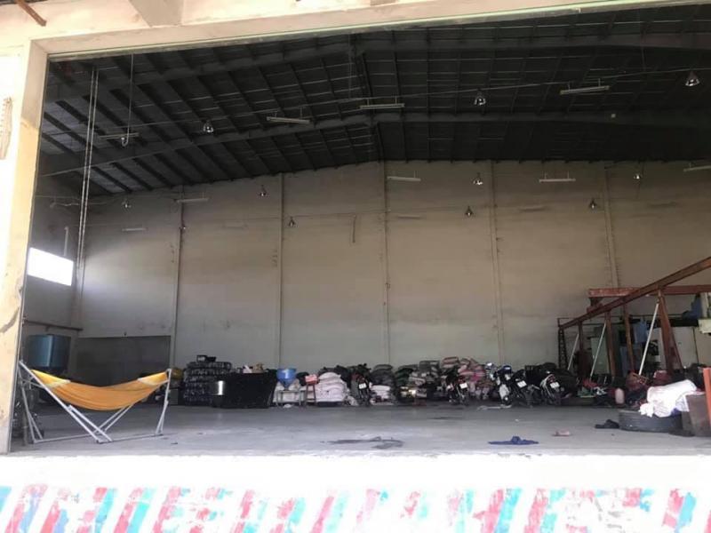 Kho cho thuê, mặt tiền QL1A, gần chợ Bình Chánh. DT 1.024m2. Giá 60.000đ/m2.
