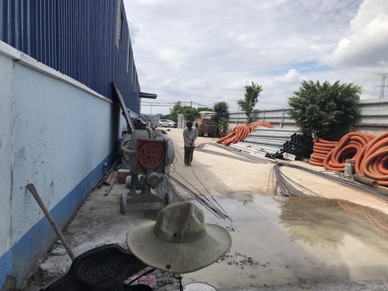 Cho thuê nhà xưởng mặt tiền đường Nguyễn Hữu Trí, Thị trấn Tân Túc, huyện Bình Chánh.