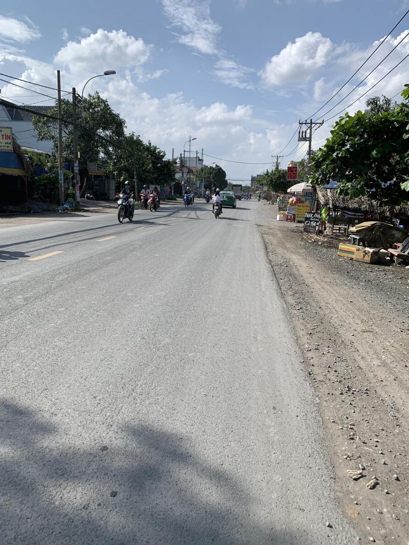 Cho thuê mặt bằng đất trống mặt tiền Quốc lộ 50 thuộc xã Phong Phú, huyện Bình Chánh