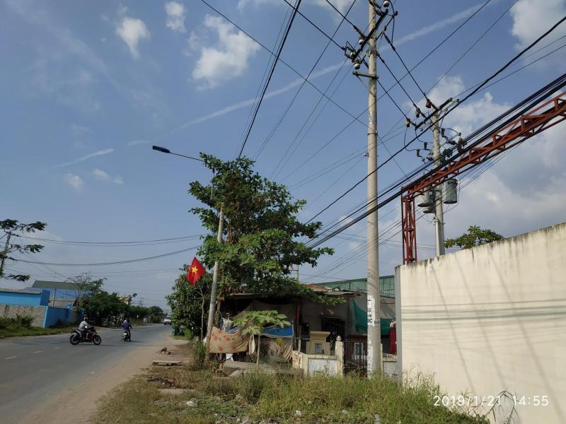 Cho thuê nhà xưởng 1400m2 mặt tiền đường Mỹ Yên, Tân Bửu, Bến Lức giáp Bình Chánh