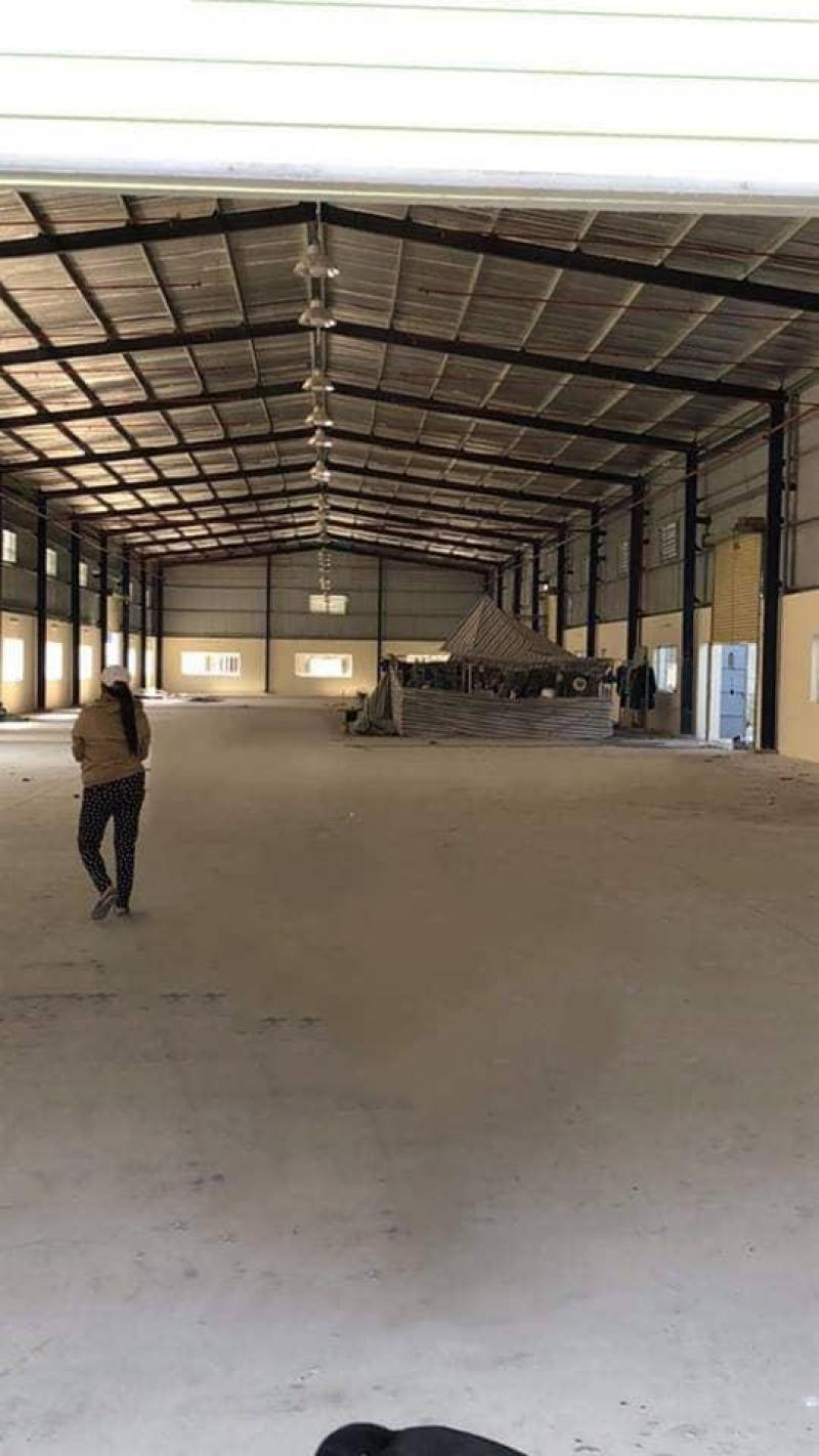 Cần bán 9.876m2 đất có sẵn 4 nhà xưởng tại xã Đức Hòa Đông, huyện Đức Hòa, tỉnh Long An