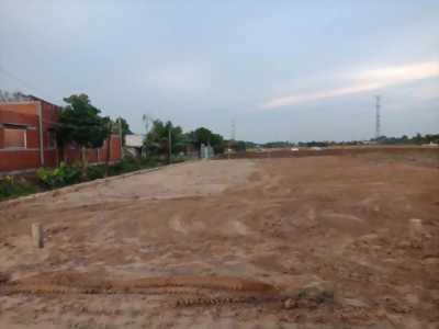 Bán 2800m2 đất xây xưởng giá 5,2 tỷ gần CTY Huỳnh Gia Huynh Đệ, Đức Hòa, LA LH 0931 804 353