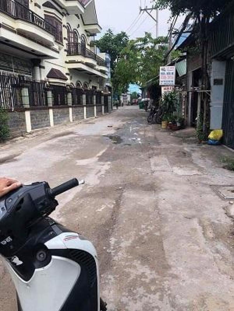 Nhà xưởng 6 x 27m giá 6 tỷ 050 triệu đường Nguyễn Ảnh Thủ.