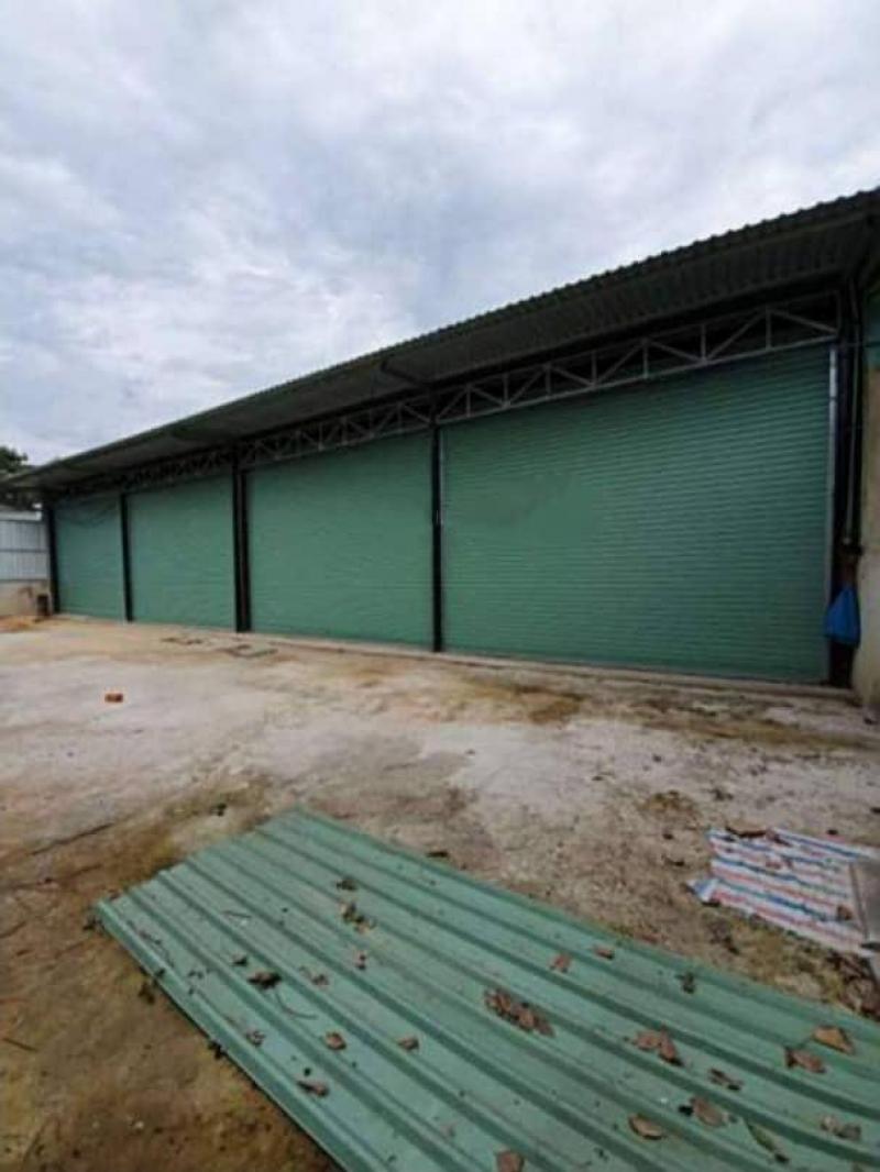 Cho thuê 2 kho mỗi kho 300m2 (10m * 30m) mặt tiền đường Thạnh Xuân, Quận 12
