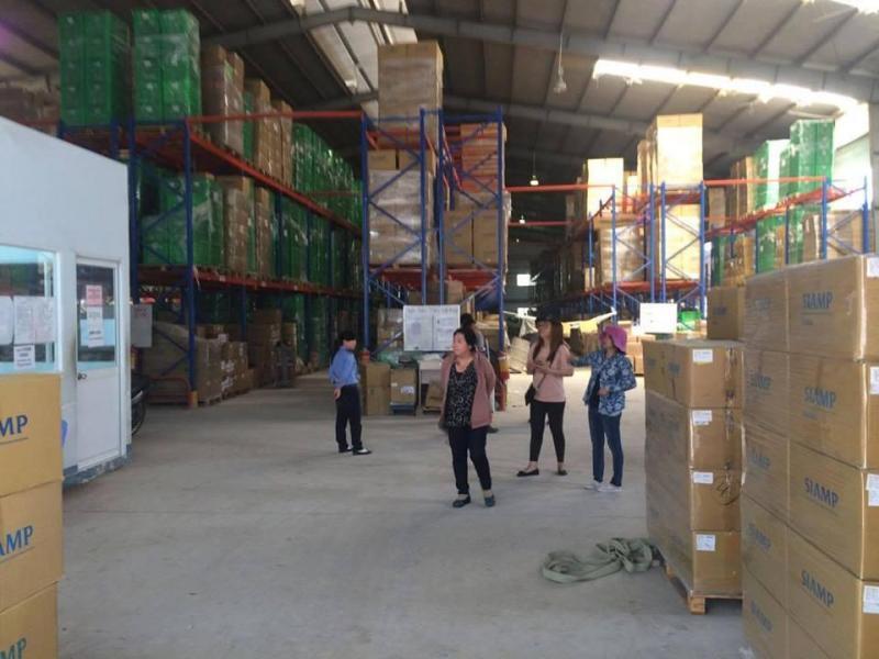 Cho thuê kho xưởng 1.300m2, giá 3.5usd/m2 trong kcn Cát Lái.