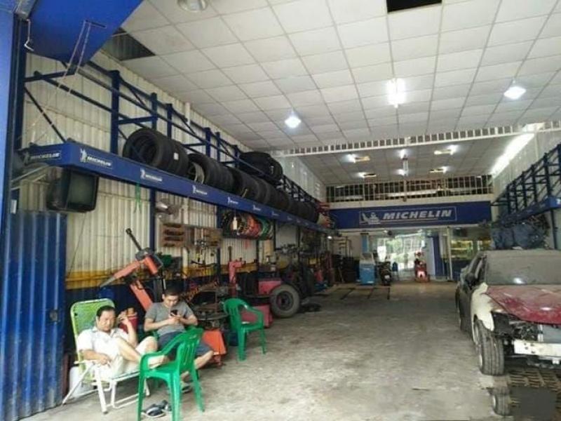 Cho thuê xưởng8m * 25m mặt tiền đường Nguyễn Hữu Thọ, Quận 7