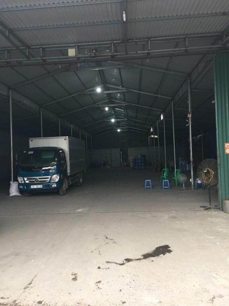 Cần cho thuê xưởng đường Phạm Hùng, hợp đồng lâu dài, điện nước theo giá nhà nước, giá tốt nhất khu vực.