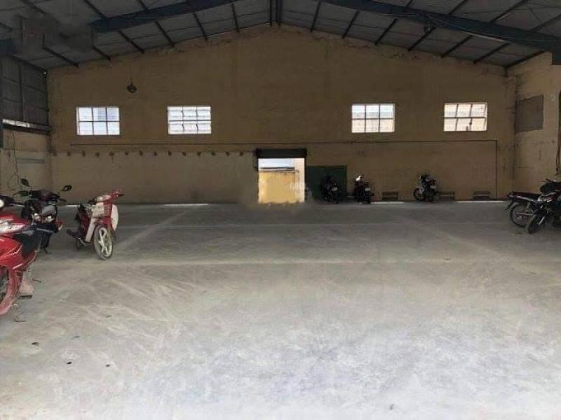 Cho thuê kho, xưởng có sẵn văn phòng 2.419m2, giá 3usd/m2, phường Bình Hưng Hòa, quận Bình Tân.