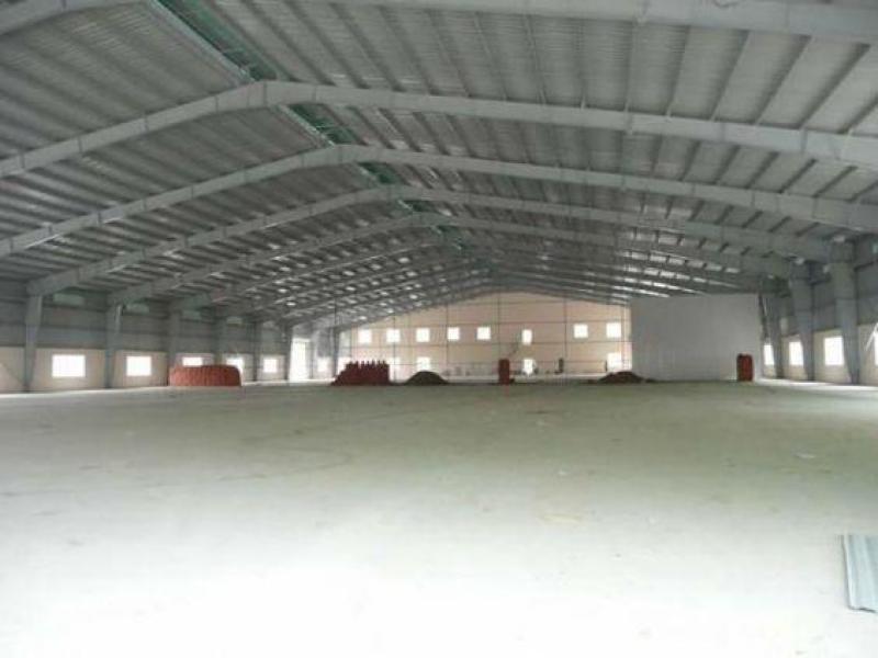 Cho thuê nhà xưởng mới xây 1.400m2 có sẵn văn phòng, đường Hương Lộ 2, Quận Bình Tân.