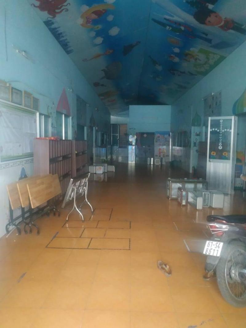 Cho thuê nhà xưởng 600m2 mặt tiền đường lớn 12m (gần chợ Tân Trụ) Quận Tân Bình