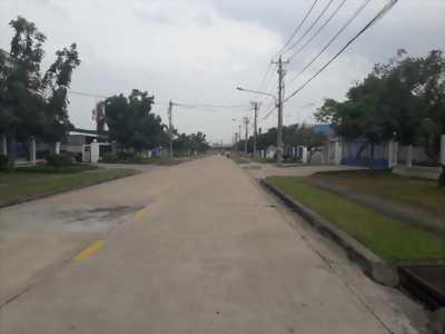 Cho thuê kho bãi, nhà xưởng nằm trên trục chính của Khu công nghiệp Long Bình thuộc phường Long Bình, TP. Biên Hòa, tỉnh Đồng Nai.