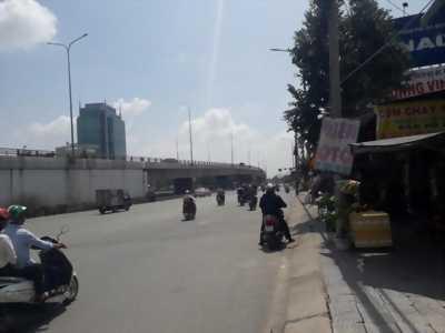 Cho thuê kho xưởng mặt tiền Quốc lộ 1A, Long Binh Tân thuộc địa phận TP. Biên Hòa, Đồng Nai.