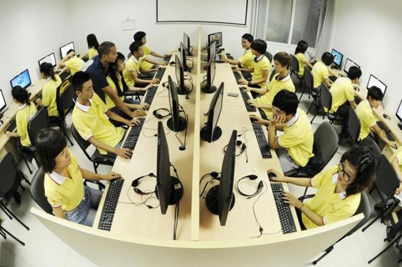 Nhận thêm nhân viên làm thêm buổi tối 2 đến 3 giờ làm việc lương 5 đến 9 triệu một tháng uy tín