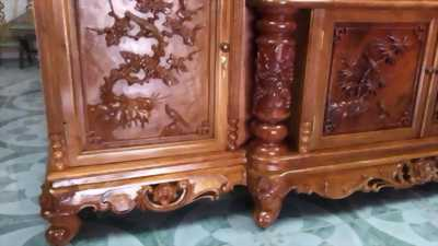 Cần bán tủ,bán gỗ quý có tuổi đời 150 năm.Cần Được