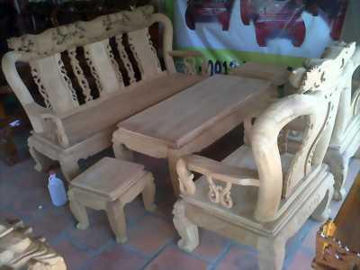 Salong đuc lân cột 14