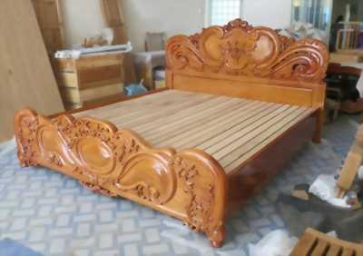 Giường 1m8 gỗ nhóm 1