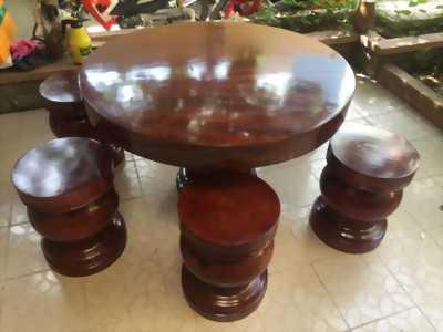Cần bán bộ bàn gỗ liêm