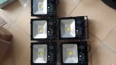 Cung cấp đèn LED chiếu sáng - Uy Tín tại Phú Quốc