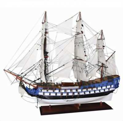 Mô hình thuyền gỗ Le Protectuer