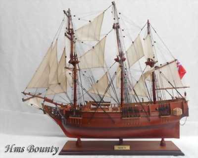 Mô hình thuyền HMS Bounty