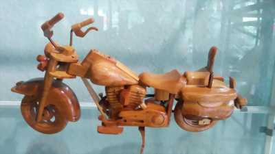 Moto Exst gỗ