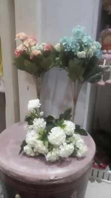 Hoa cẩm tú cầu chén vải trang trí