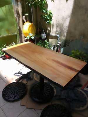 Bàn làm việc gỗ Ké