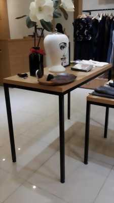 Thanh lý nội thất để cải tạo shop