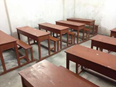 Cần mua bàn ghế gỗ cho học sinh từ 3-5 bộ