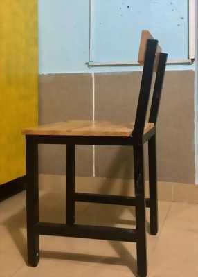Thanh lý Bộ bàn ghế gỗ chân sắt mới 99%