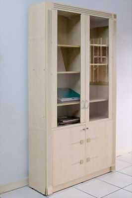 Cần bán Tủ gỗ ép, màu kem nhạt, 4 cánh, 2200 x 1200 x 350 (mm)