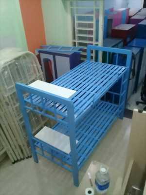 Giường tầng sắt hộp vuông kèm bàn học 1M