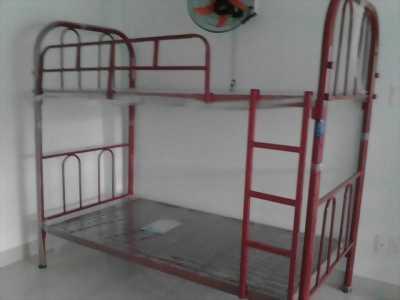 giường tầng duy phương. mới 100%. giao hàng lắp ráp tận nơi