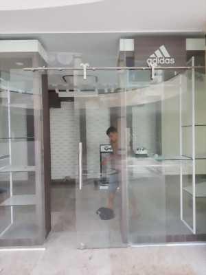 Cửa kính, kính cường lực giá rẻ tại Gò Vấp
