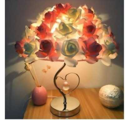 Đèn ngủ hoa hồng và tình yêu sáng tạo