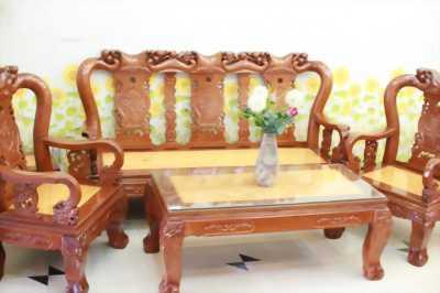 Bộ bàn ghế chạm đào tựa hương