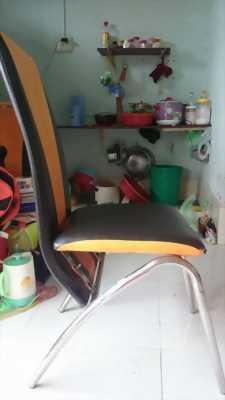 Bán bàn thủy tinh kèm 3 ghế