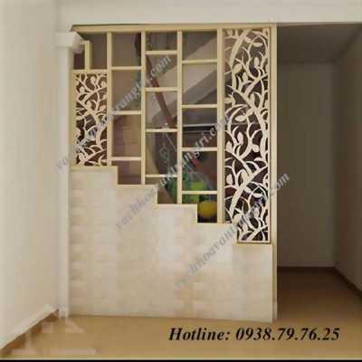 Sức hút từ việc dùng lam gỗ trang trí cầu thang