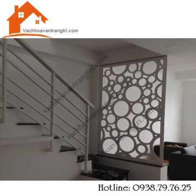 100 điểm cho vách ngăn cầu thang với phòng khách đẹp tại Đại Thành