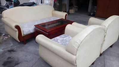 Thanh lý bộ sofa bành hàng đẹp 95%