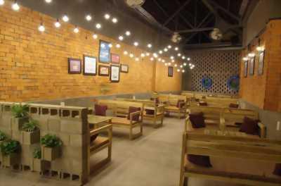 Setup thi công bàn ghế quán cafe uy tín tại TPHCM