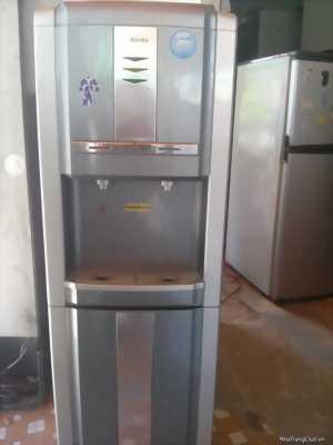 Bình uống nước nóng lạnh cần bán lại vì nhà mình đang chuyển nhà.