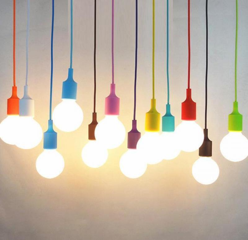 Đui đèn thả nhựa  màu 35.000